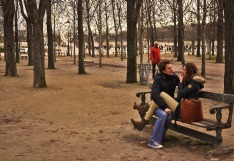 Parisian lovebirds